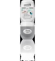 Lavera, Dezodorant roll-on INVISIBLE z wyciągiem z pereł, 50 ml